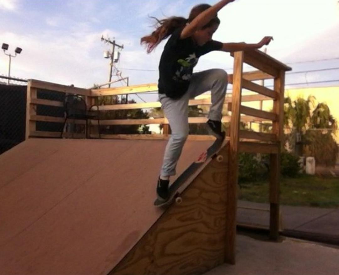 hart mind soul skateboard girls