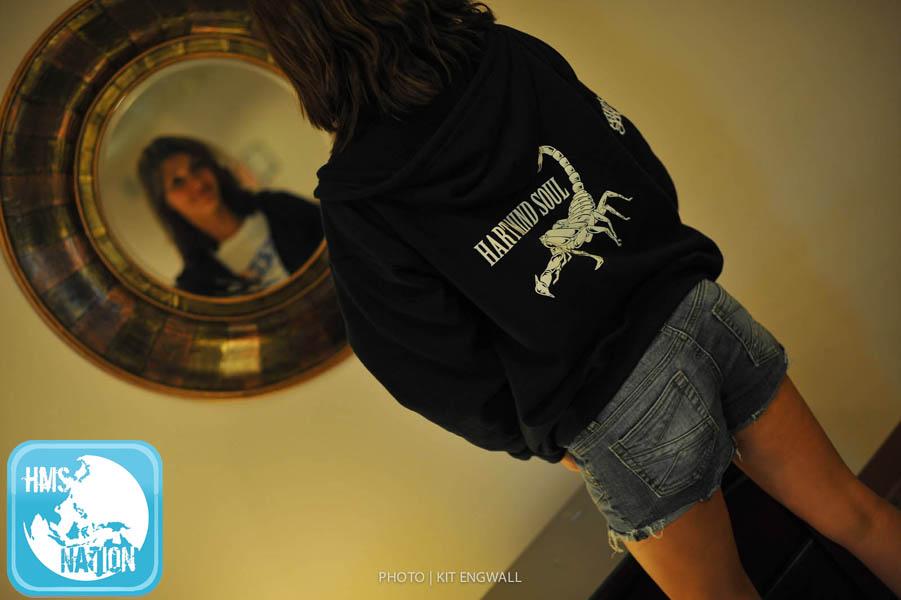 Ladies zip up sweatshirts